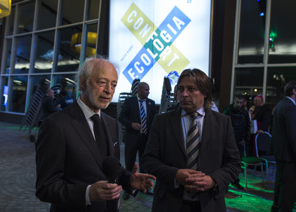 Juan Carlos López Mena, Chairman of Buquebus, and Osvaldo del Campo, Galileo's CEO, at Francisco ferry launch and Cryobox® presentation.