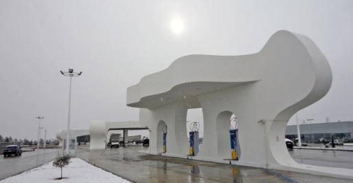 CNG Station in Yakutstk, capital city of the Republic of Sajá, equipped with a Microbox packaged CNG compressor MCB 132-3-1500-6 and two EMB-15-1-D dispensers of two hoses.