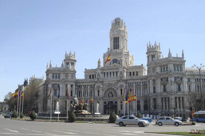 Madrid City Council decided to reduce the environmental impact of its bus fleet by means of NGVs.